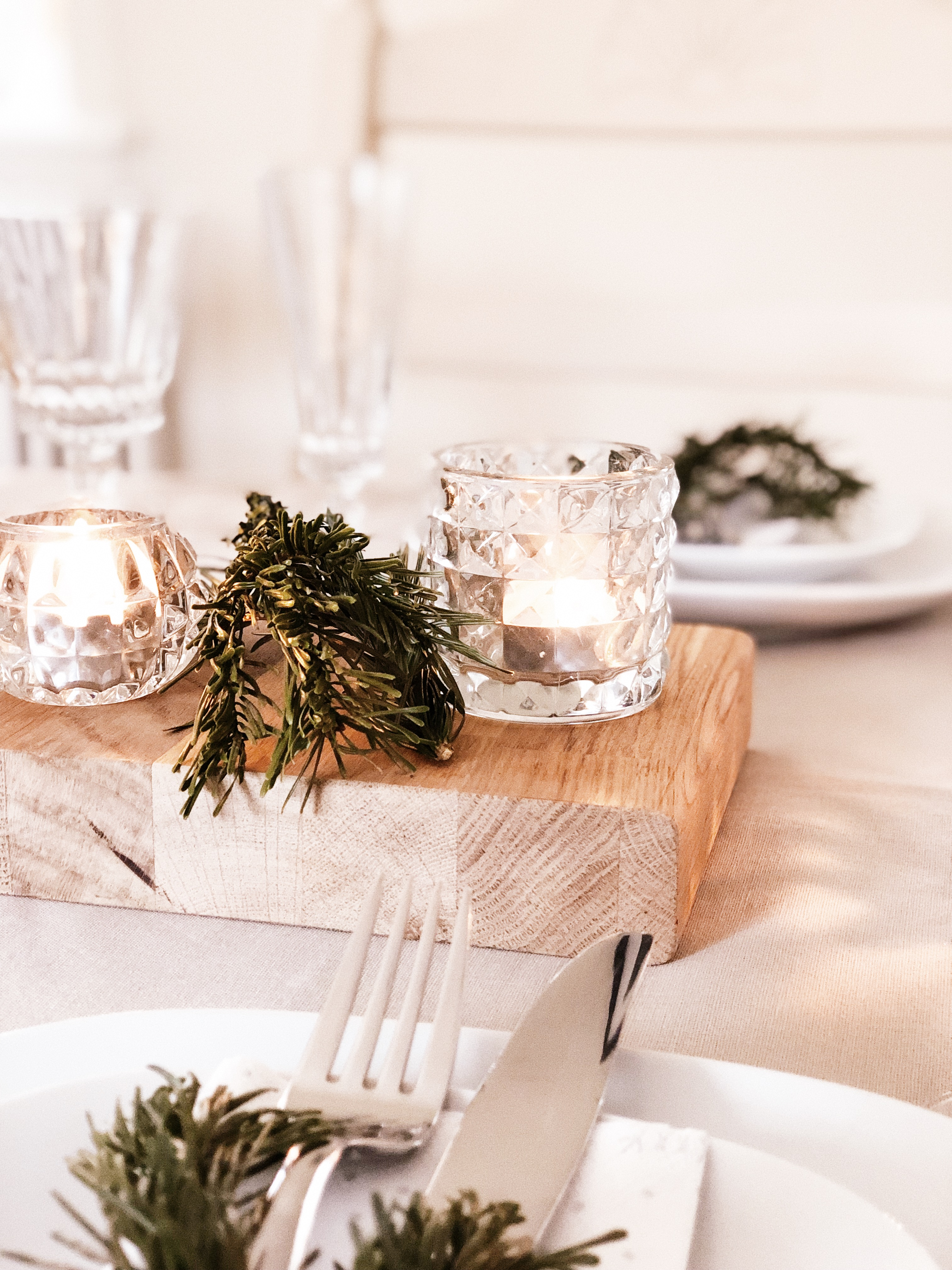 Elegant table style with vintage glassware and fern
