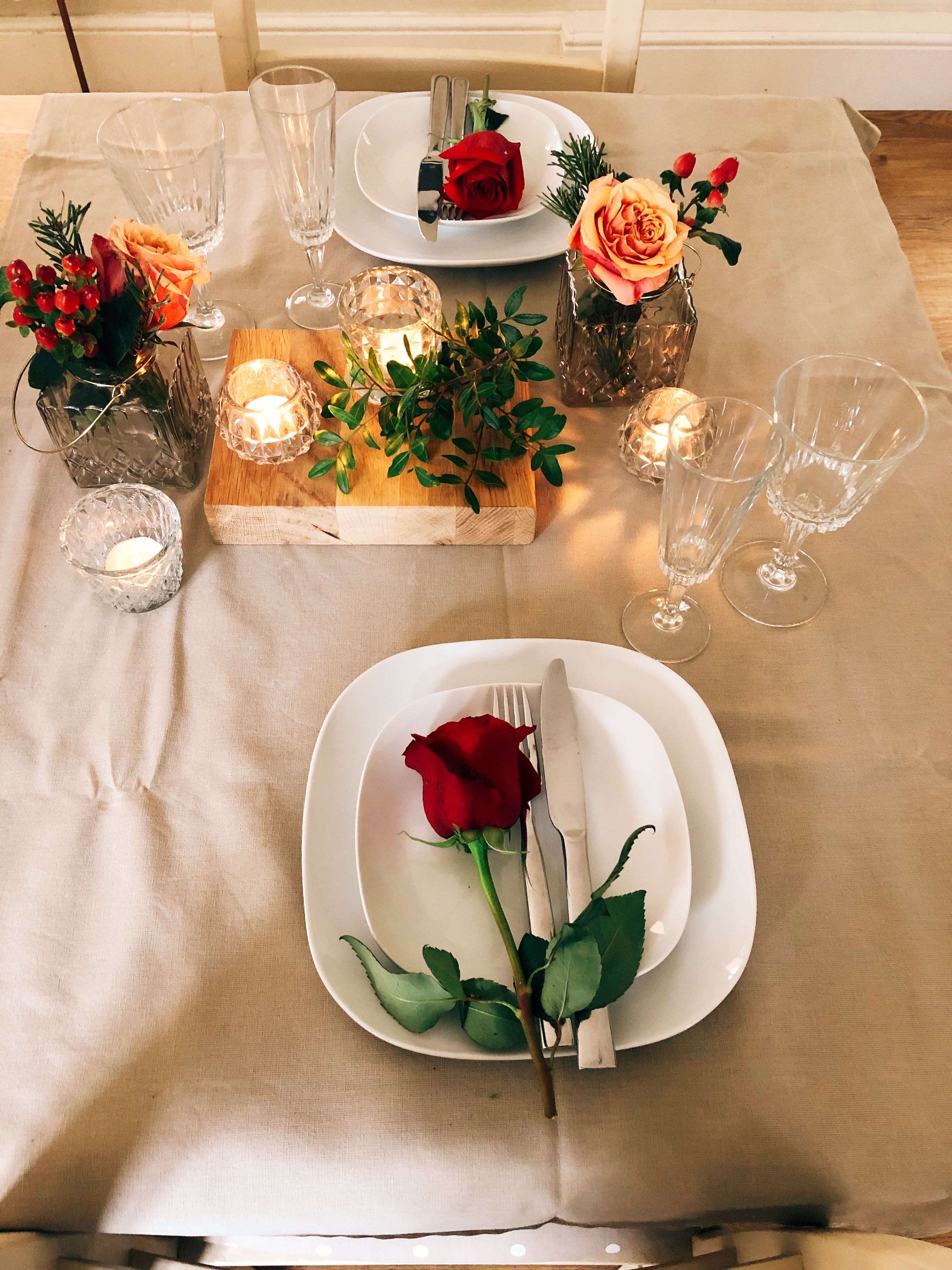 table settings romantic style